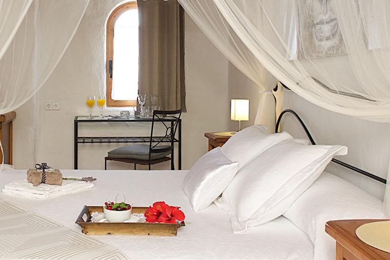 Sigue el enlace para conocer más información de la habitación Azor de Parramatta Boutique Hotel