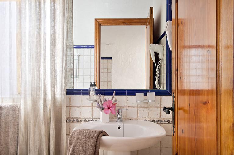 Sigue el enlace para conocer más información de la habitación Cernícalo de Parramatta Boutique Hotel